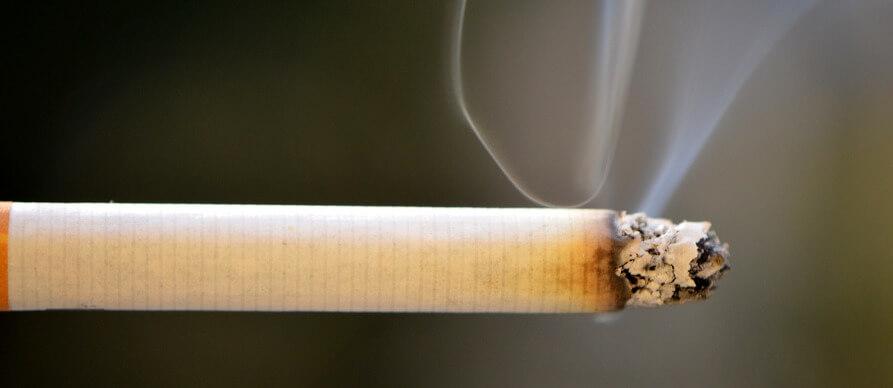 dim izlazi iz cigarete