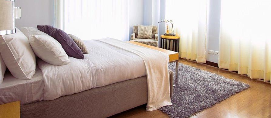 Tepih u spavaćoj sobi