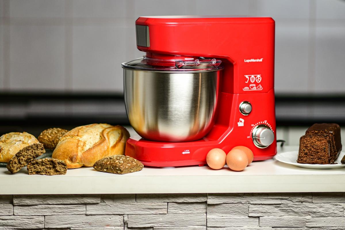 mikser za testo sa pecivima